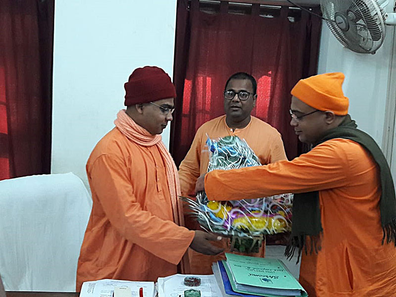 Photo#7 - Swami Nirishananda as new Vice-Principal